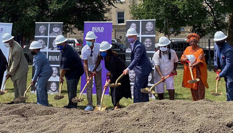 BMO announces $1 million donation to fund BUILD Chicago's new youth hub in Austin neighborhood